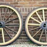 Houten rijtuig wielen-plaat naven-Wagenmakerij-Verweij
