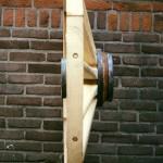 Houten wiel-zijaanzicht-schuine spaken-Wagenmakerij-Verweij