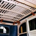 Project-restauratie-antieke-auto-binnen-wagenmakerij-Verweij